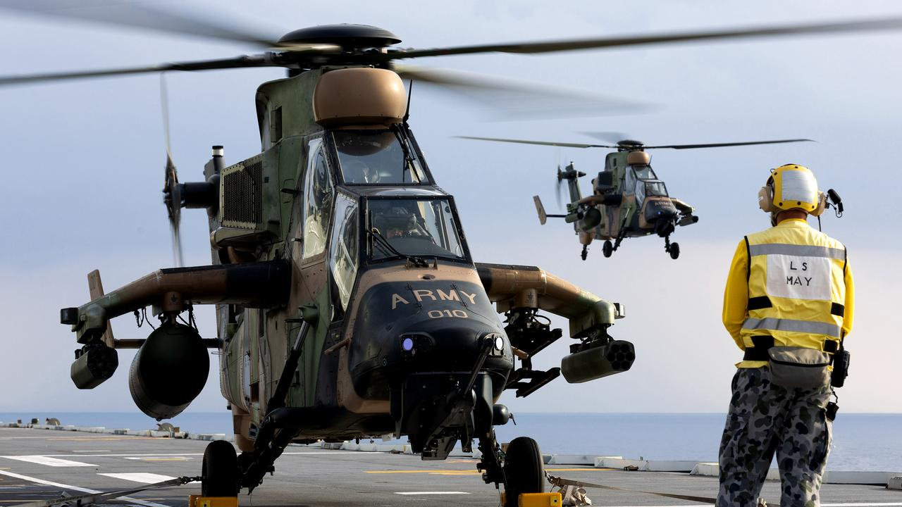 Defence Minister Linda Reynolds confirms Apache fleet to replace error-prone Tiger helicopters