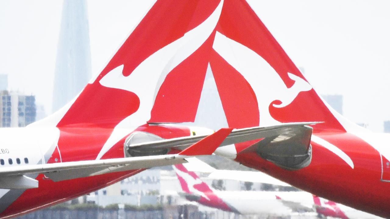 Qantas workers 'distraught, flabbergasted' over outsourcing, union says