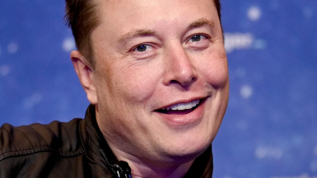 Elon Musk says Neuralink brain implant allowed monkey to play video games