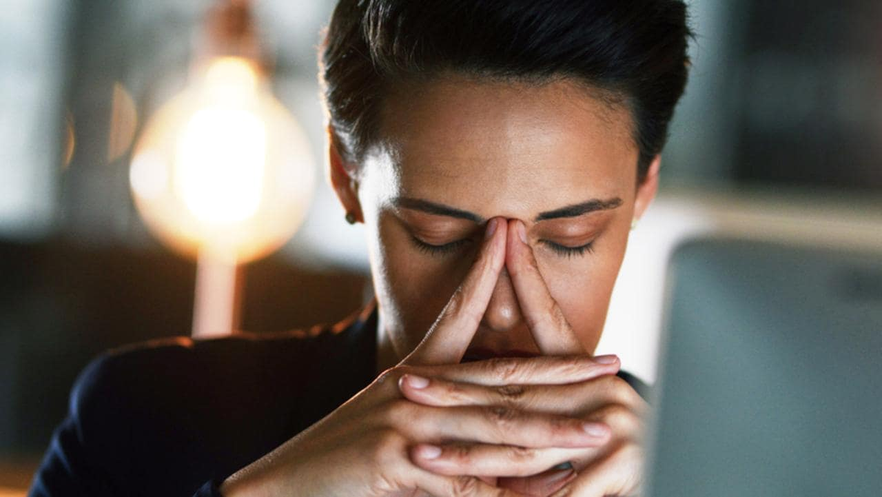 unhealthy work habit to ditch in 2021