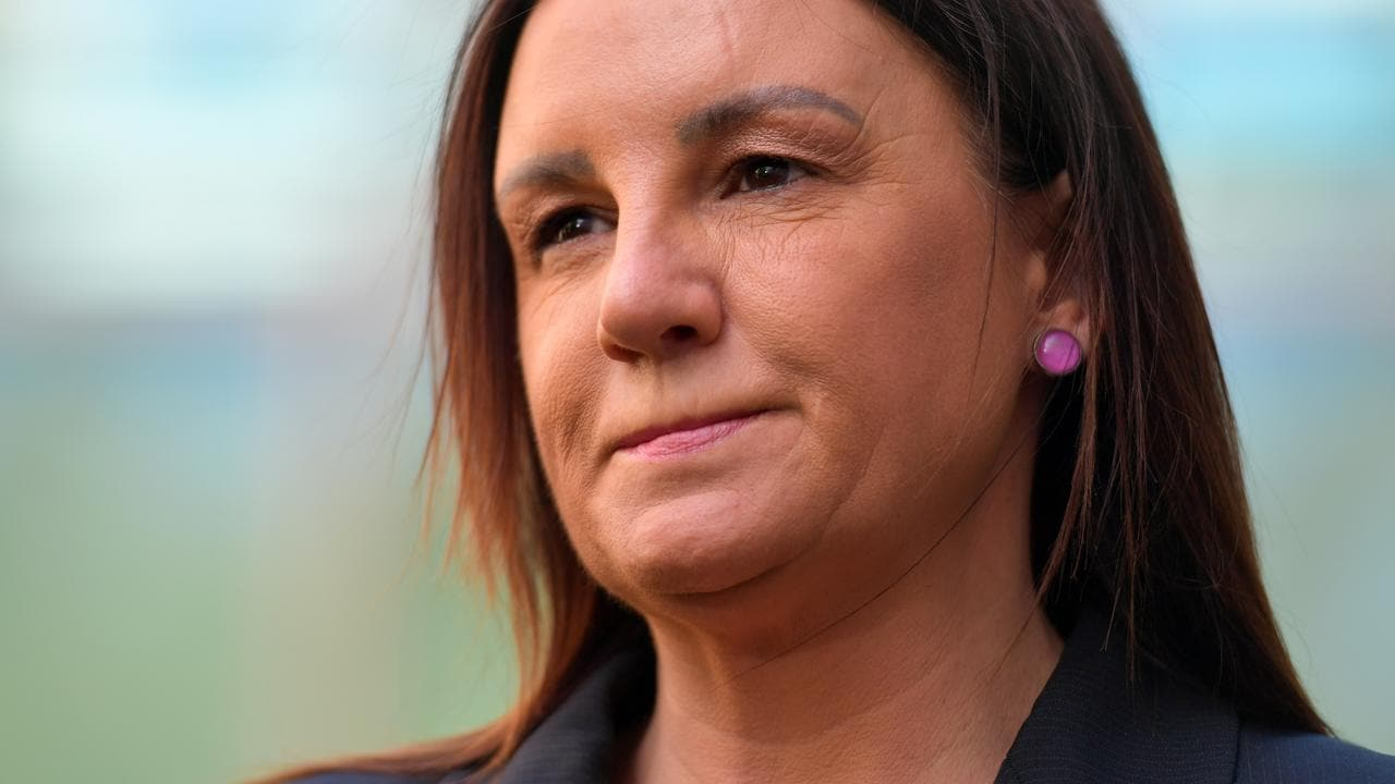 Jacqui Lambie welcomes news of royal commission into veteran suicide